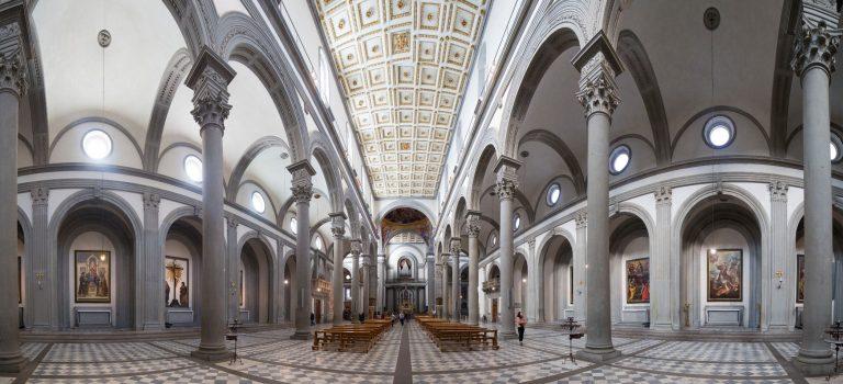 Interior de la Basilica de San Lorenzo Florencia